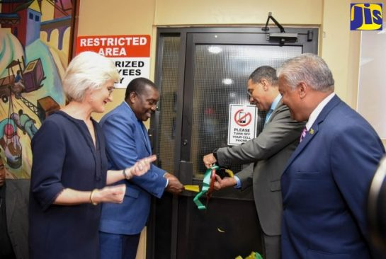 PM Opens Upgraded Kingston Air Traffic Control Centre