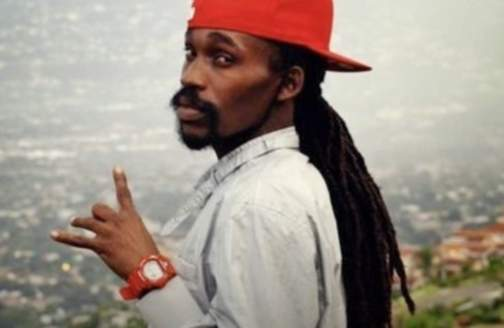 """Munga Honorable Drops The Visual For """"Move On"""" Watch It 1-800-Naah-Madd for the New Year!? Call Munga Honorable"""