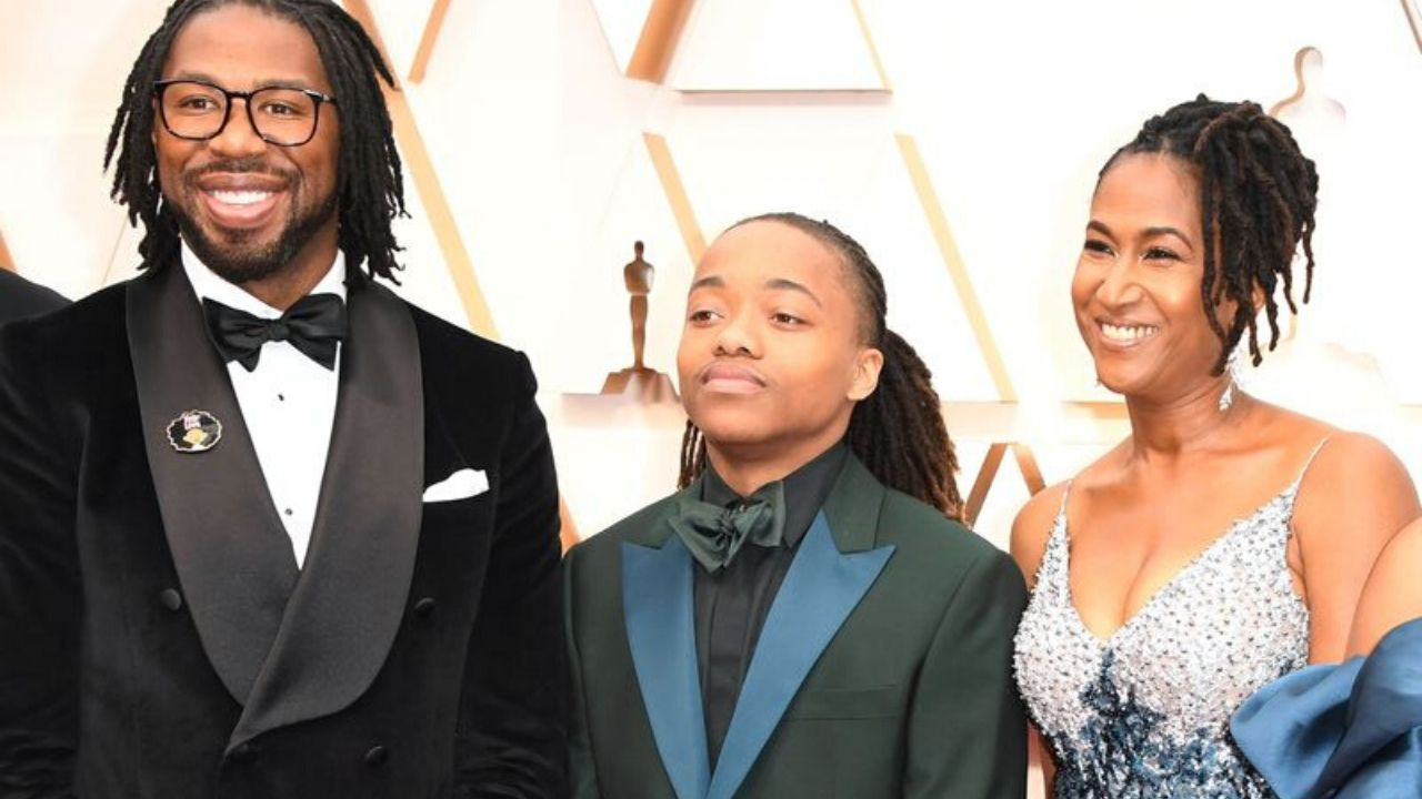 Texas teen who refused to cut dreadlocks attends Oscars with 'Hair Love' team