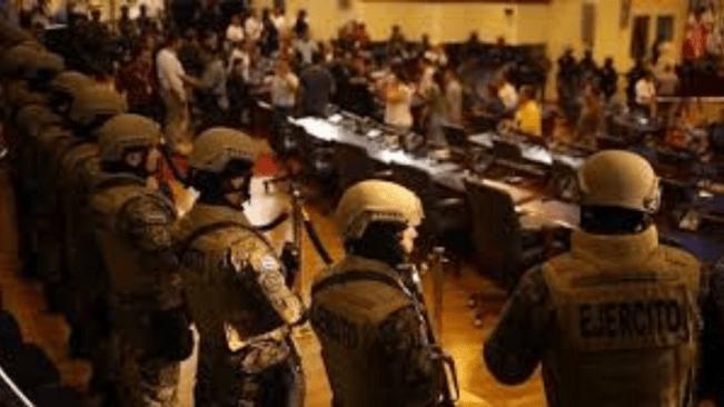 Heavily-Armed Police and Soldiers Enter El Salvador Parliament